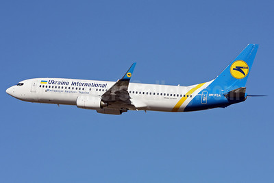 Ukraine International Airlines Boeing 737-8HX WL UR-PSA (msn 29658) PAE (James Helbock). Image: 903757.
