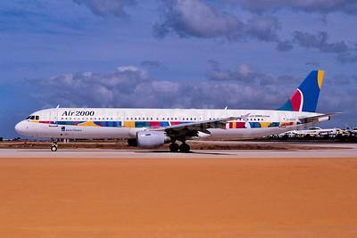 Air 2000 (UK) Airbus A321-211 G-OOAH (G-UNIE) (msn 781) (Ton Jochems). Image: 952972.