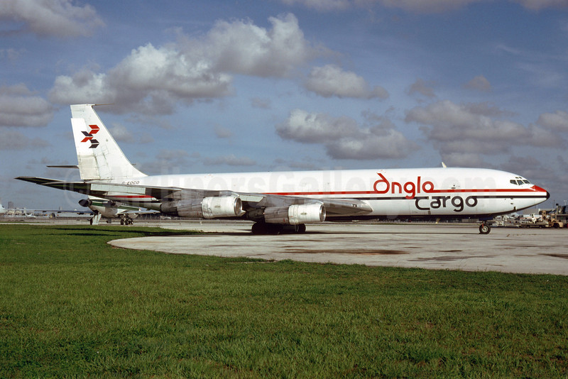 Anglo Cargo (Anglo Airlines) Boeing 707-338C G-EOCO (msn 19294) MIA (Bruce Drum). Image: 103393.