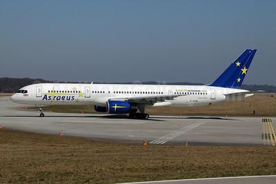 Astraeus Airlines Boeing 757-28A G-OOOB (msn 23822) GVA (Ton Jochems). Image: 952979.