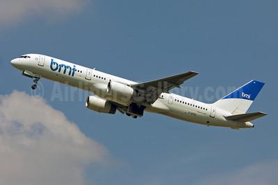 bmi (British Midland International) (Astraeus Airlines) Boeing 757-2Q8 G-STRX (msn 25621) LHR (Keith Burton). Image: 900591.