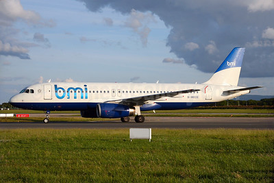 bmi (British Midland International) Airbus A320-232 G-MEDE (msn 1194) (British Airways - BMED hybrid livery) DUB (Michael Kelly). Image: 932673.