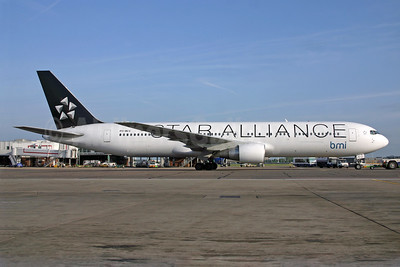bmi (British Midland International) (Arkefly) Boeing 767-31A ER PH-MCV (msn 27619) (Star Alliance) LHR (SPA). Image: 940584.