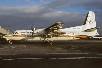 British Midland Airways-BM (Busy Bee of Norway) Fokker F.27 Mk. 200 LN-AKC (msn 10674) (Busy Bee colors) LHR (Richard Vandervord). Image: 932679.