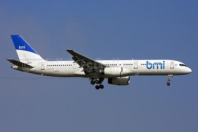 bmi (British Midland International) (Astraeus Airlines) Boeing 757-2Q8 G-STRY (msn 28161) LHR (Keith Burton). Image: 901227.