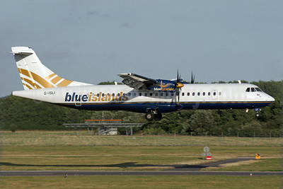 Blue Islands ATR 72-212A (ATR 72-500) G-ISLI (msn 529) SOU (Antony J. Best). Image: 923999.
