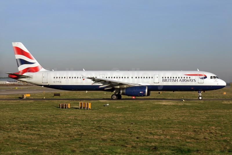British Airways-GB Airways Airbus A321-231 G-TTIA (msn 1428) LGW (Antony J. Best). Image: 902033.