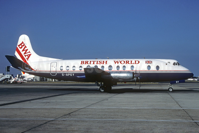 British World Airlines-BWA Vickers Viscount 806 G-APEY (msn 382) (BAF colors) LHR (Christian Volpati Collection). Image: 932278.