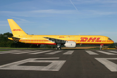 DHL Air (UK) Boeing 757-236 (F) G-BMRE (msn 24074) (F1 Official Logistics) QLA (Antony J. Best). Image: 934223.