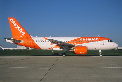 easyJet (UK) Airbus A319-111 G-EZEV (msn 2289) ORY (Jacques Guillem). Image: 938754.
