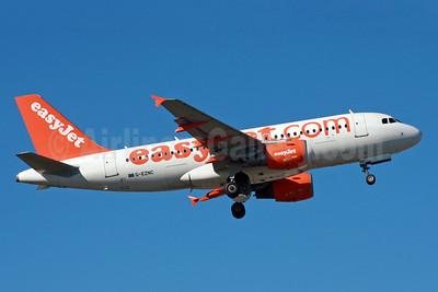easyJet (easyJet.com) (UK) Airbus A319-111 G-EZNC (msn 2050) LGW (SPA). Image: 935970.