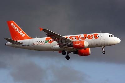 easyJet (UK) Airbus A319-111 G-EZEZ (msn 2360) (Napoli - Naples) LGW (SPA). Image: 925383.