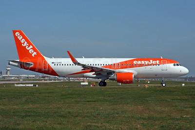 easyJet (UK) Airbus A320-214 WL G-EZPD (msn 7040) LGW (SPA). Image: 941664.