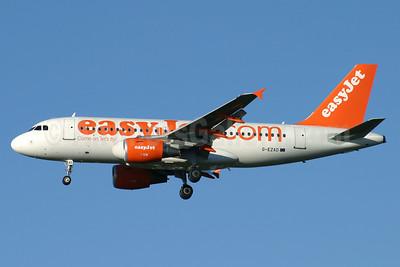 easyJet (easyJet.com) (UK) Airbus A319-111 G-EZAD (msn 2702) STN (Antony J. Best). Image: 900598.
