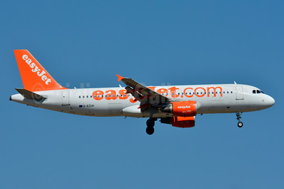 easyJet (easyJet.com) (UK) Airbus A320-214 G-EZUH (msn 4708) BSL (Paul Bannwarth). Image: 930537.
