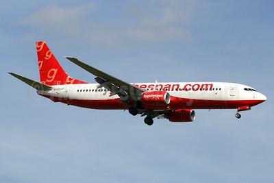 Flyglobespan.com (Globespan Airways) Boeing 737-8BK G-CEJO (msn 29643) STN (Paul Denton). Image: 920415.