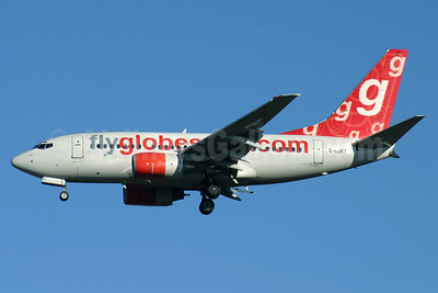 Flyglobespan.com (Globespan Airways) Boeing 737-683 G-CDKT (msn 28303) STN (Antony J. Best). Image: 904174.