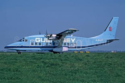 Guernsey Airlines Short Brothers SD3-60 G-BLRT (msn SH.3661) (Maersk Air colors) JER (Richard Vandervord). Image: 949103.