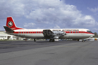 Invicta International Airlines Vickers Vanguard 952 G-AXOO (msn 733) (Air Canada colors) LDE (Jacques Guillem Collection). Image: 947061.