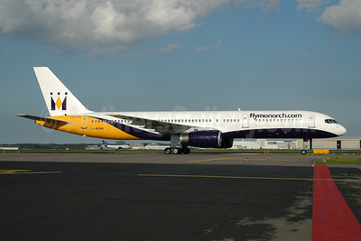 Monarch Airlines (flymonarch.com) Boeing 757-2T7 G-MONK (msn 24105) AMS (Ton Jochems). Image: 953563.
