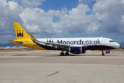 Monarch Airlines (Monarch.co.uk) Airbus A320-214 WL G-ZBAA (msn 5526) PMI (Ton Jochems). Image: 912770.