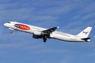 MyTravel Airways (UK) Airbus A321-211 G-OMYJ (msn 677) LGW (Antony J. Best). Image: 902162.