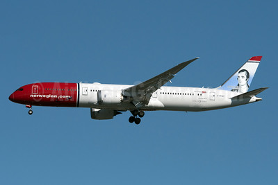 Norwegian.com (Norwegian Air UK) Boeing 787-9 Dreamliner G-CKWC (msn 38893) (Robert Burns, Scottish Poet) JFK (Fred Freketic). Image: 94599.