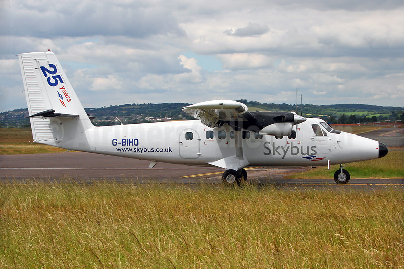 Skybus (UK) (Isles of Scilly) de Havilland Canada DHC-6-300 Twin Otter G-BIHO (msn 738) (25 Years) EXT (Keith Burton). Image: 928792.