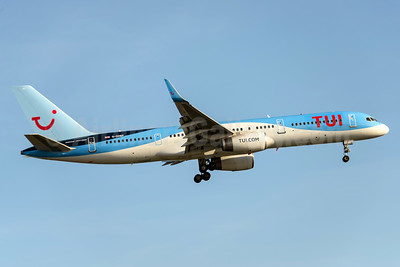 TUI Airways (UK) Boeing 757-2G5 WL G-OOBP (msn 30394) MAN (Rob Skinkis). Image: 937803.