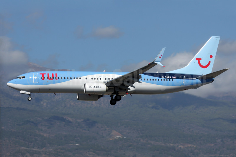 TUI (UK) Boeing 737-8K5 SSWL G-TAWG (msn 37266) TFS (Antony J. Best). Image: 936093.