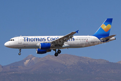 Thomas Cook Airlines (UK) (Thomas Cook.com) Airbus A320-214 G-TCAD (msn 2114) (Sunny Heart logo) TFS (Paul Bannwarth). Image: 922385.