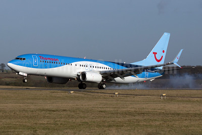 Thomson Airways Boeing 737-8K5 SSWL G-TAWA (msn 37264) LTN (Paul Ferry). Image: 928932.
