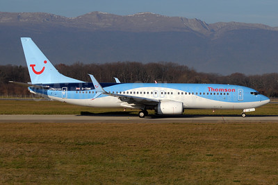 Thomson Airways Boeing 737-8K5 SSWL G-TAWI (msn 37267) GVA (Paul Denton). Image: 934309.