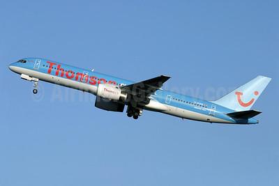 Thomsonfly (Thomsonfly.com) Boeing 757-204 G-BYAN (msn 27219) LGW (Antony J. Best). Image: 904364.