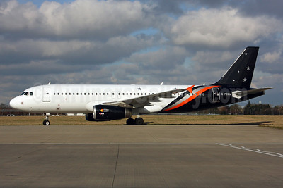 Titan Airways Airbus A320-232 G-POWM (msn 2564) LHR (SPA). Image: 936979.