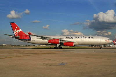 Virgin Atlantic Airways Airbus A340-313 G-VFAR (msn 225) LHR (SPA). Image: 940263.