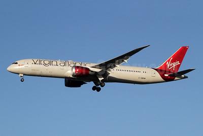 Virgin Atlantic Airways Boeing 787-9 Dreamliner G-VBOW (msn 37978) LHR (SPA). Image: 948877.