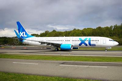XL Airways (UK) (XL.com) Boeing 737-96N ER WL G-XLAP (msn 36539) BFI (Joe G. Walker). Image: 901119.