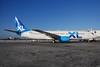 XL Airways (UK) (XL.com) Boeing 737-81Q N906MA (msn 29052) MIA (Bruce Drum). Image: 100207.
