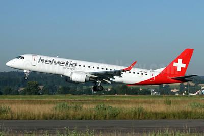 Helvetic Airways Embaer ERJ 190-100LR HB-JVP (msn 19000387) ZRH (Andi Hiltl). Image: 933869.