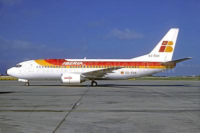 Iberia Boeing 737-3Q8 EC-EAK (msn 23535) PMI (Christian Volpati Collection). Image: 933444.
