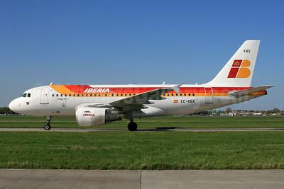 Iberia Airbus A319-111 EC-KBX (msn 3078) LHR. Image: 933025.