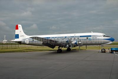 KLM-The Flying Dutchman (Atlantic Airlines UK) Douglas DC-6A G-APSA (msn 45497) AMS (Ger Buskermolen - Bruce Drum Collection). Image: 931693.