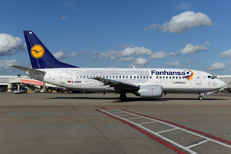 Fanhansa logo jet - names of employees