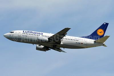 Lufthansa Boeing 737-330 D-ABEF (msn 25217) ZRH (Paul Bannwarth). Image: 934454.