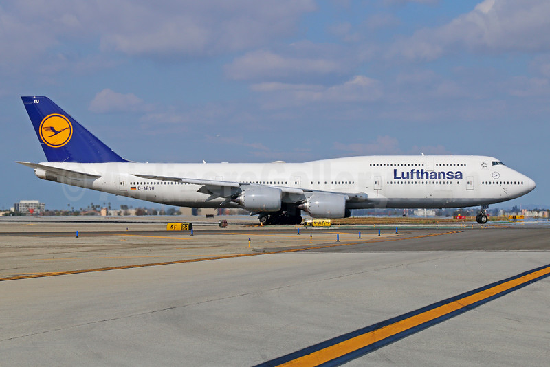 Lufthansa Boeing 747-830 D-ABYU (msn 37845) LAX. Image: 933338.