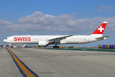 Swiss International Air Lines Boeing 777-3DE ER HB-JNB (msn 44583) LAX. Image: 933344.