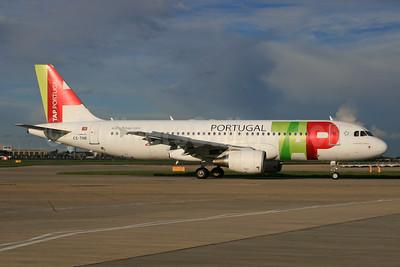 TAP Portugal Airbus A320-214 CS-TNR (msn 3883) LHR. Image: 933036.
