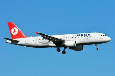 Turkish Airlines Airbus A320-214 TC-JPU (msn 3896) BSL (Paul Bannwarth). Image: 931478.