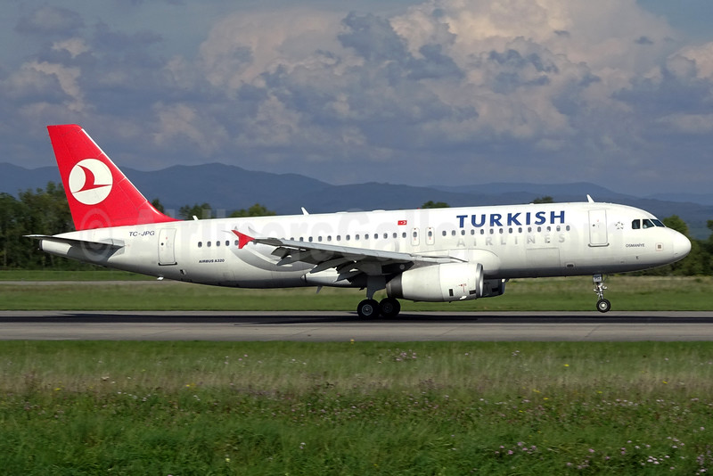 Turkish Airlines Airbus A320-232 TC-JPG (msn 3010) BSL (Paul Bannwarth). Image: 931479.